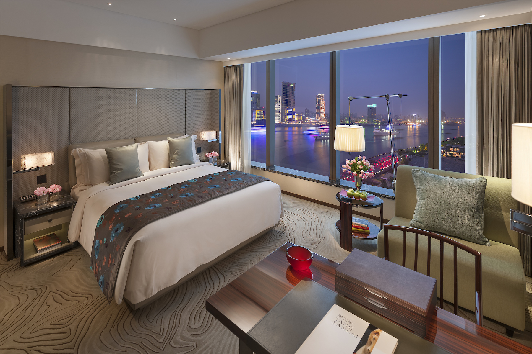 shanghai-room-deluxe-river-king-view2.jpg
