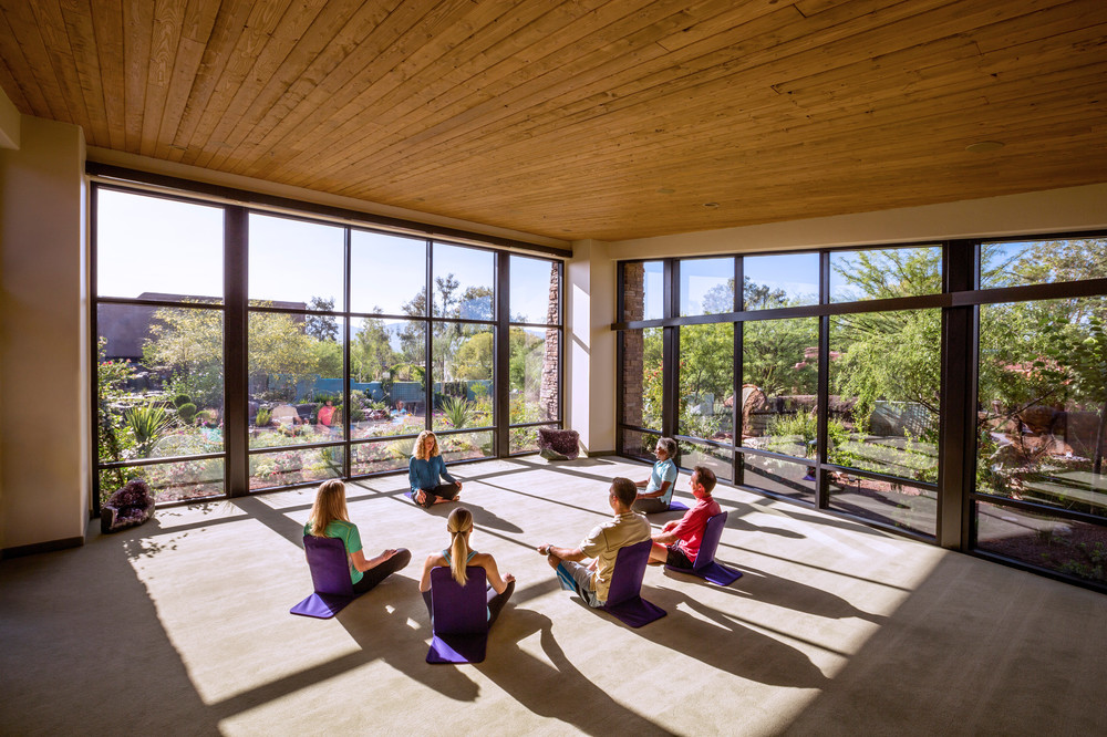 group-meditating-sanctuary-canyon-ranch-wellness-resort-tucson.jpg
