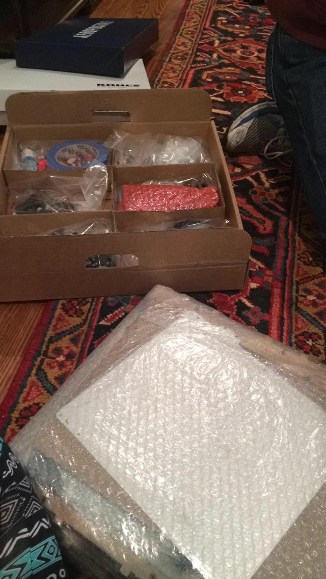 Unboxing the 3D printer!