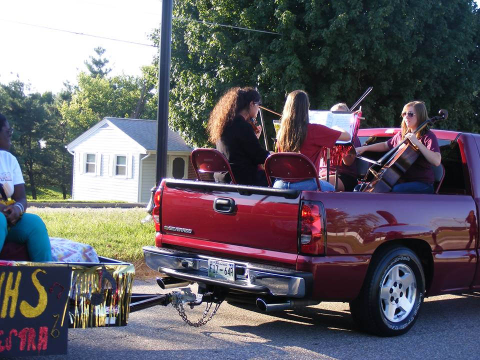 Playing with the Science Hill Quartet on the Orchestra homecoming float.