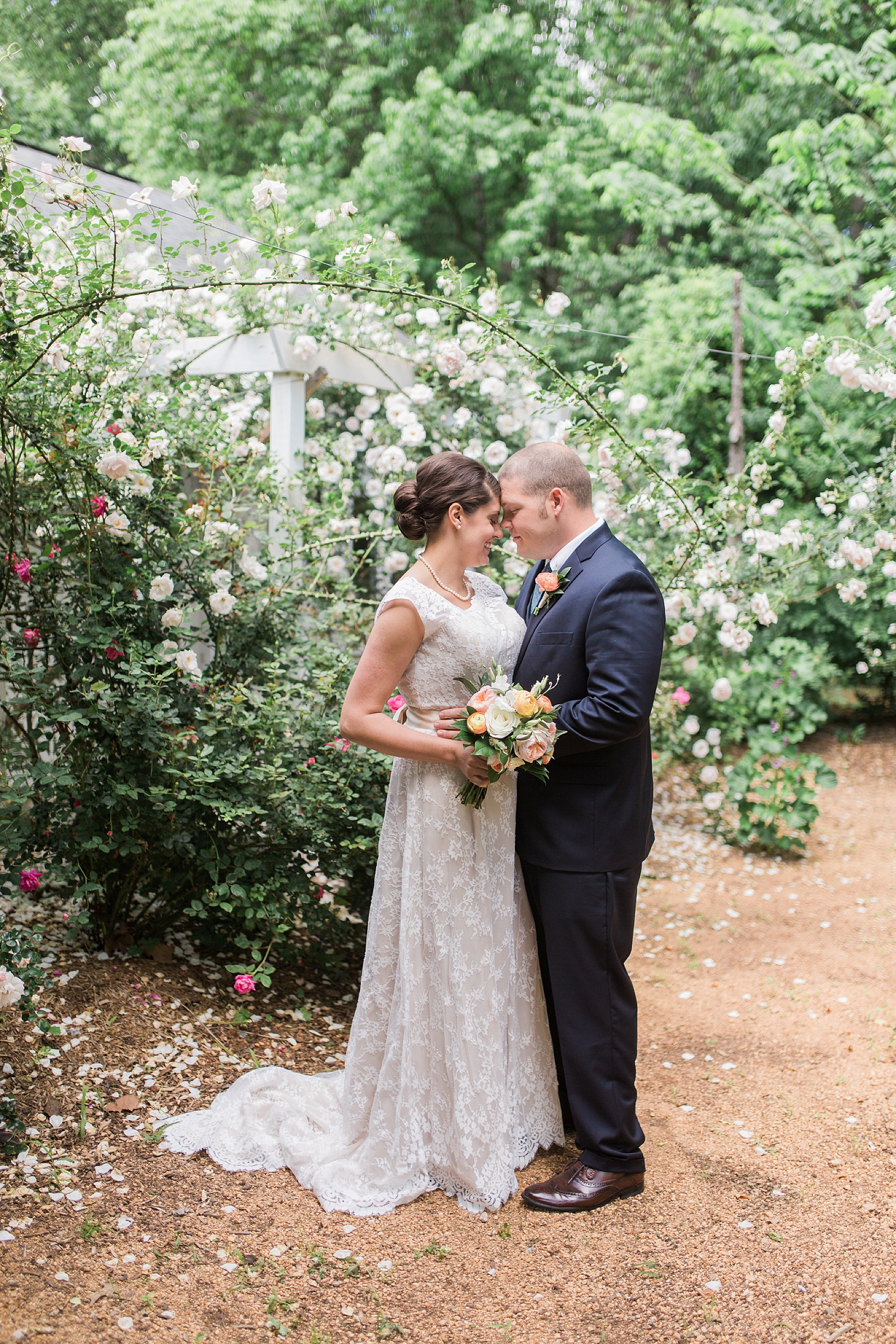 Romantic portraits with roses at Merry Hill