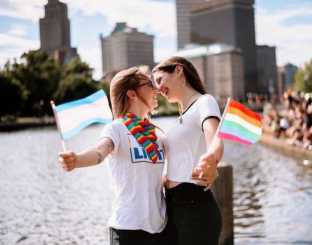❤️💜💙💛💚 . . . . #pride #prideweekend #providence #providencerhodeisland #rainbow #gaypride #shesaidyes #radlovers #gay #justalittleloveinspo #lovehardhoney #firstandlast #loveislove