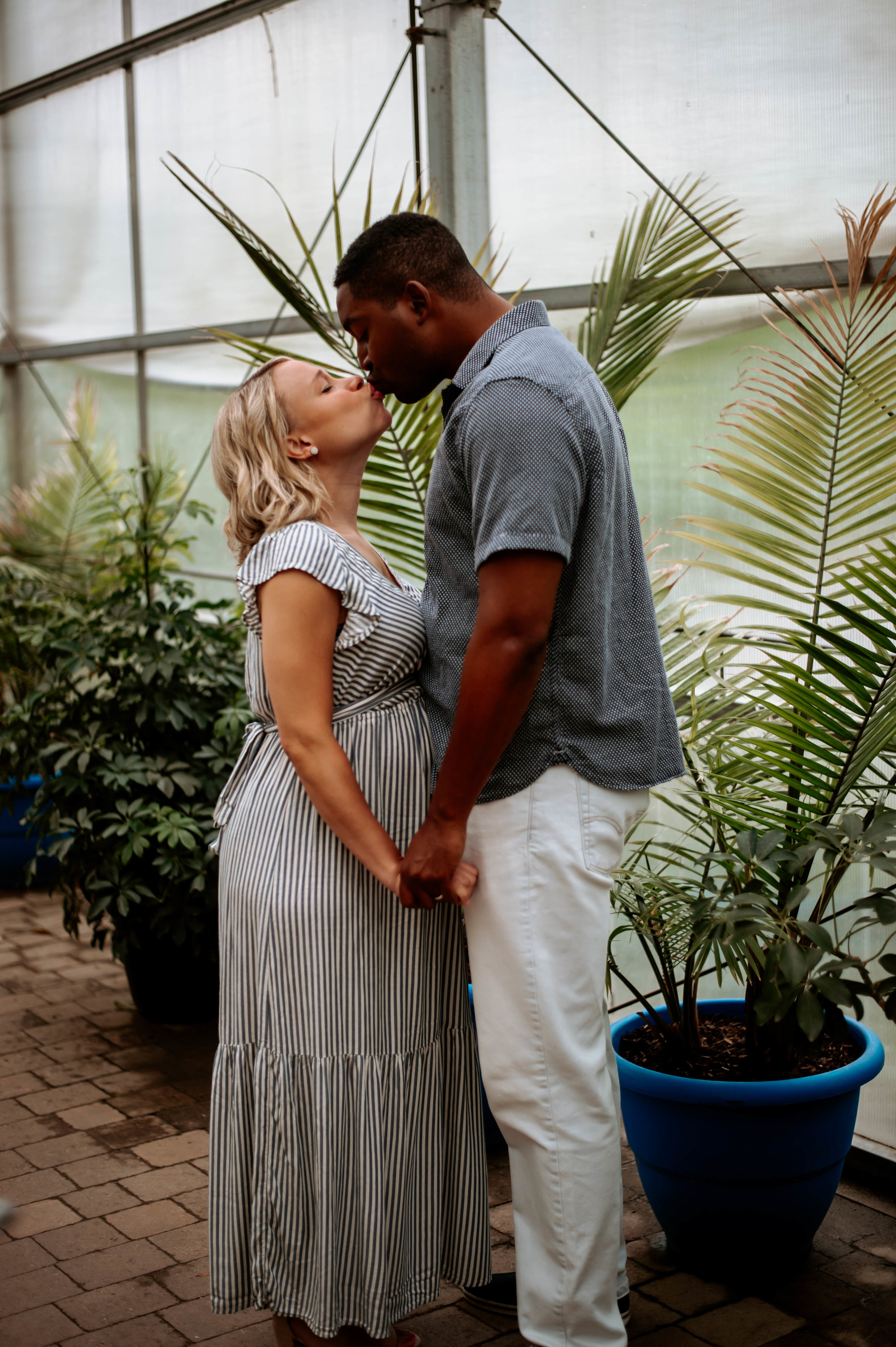 maternity session at the zoo-5.jpg