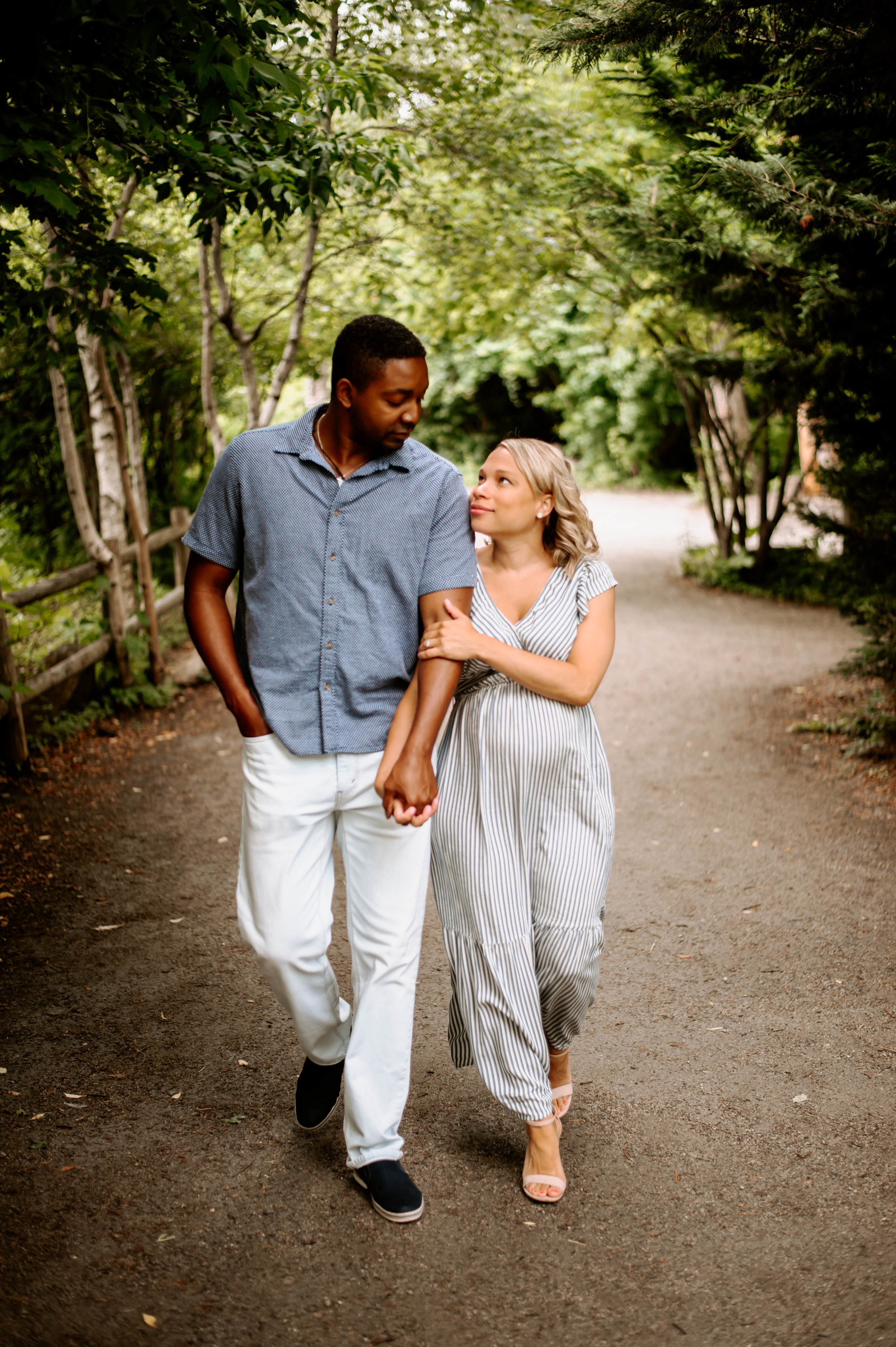 maternity session at the zoo-13.jpg