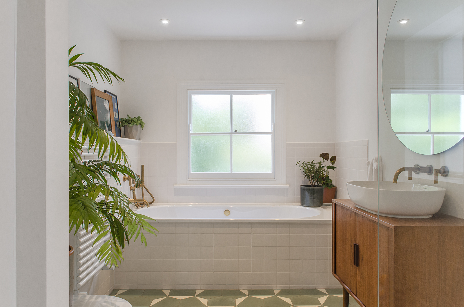 Projects_Office_Southgate Road_Bathroom.jpg