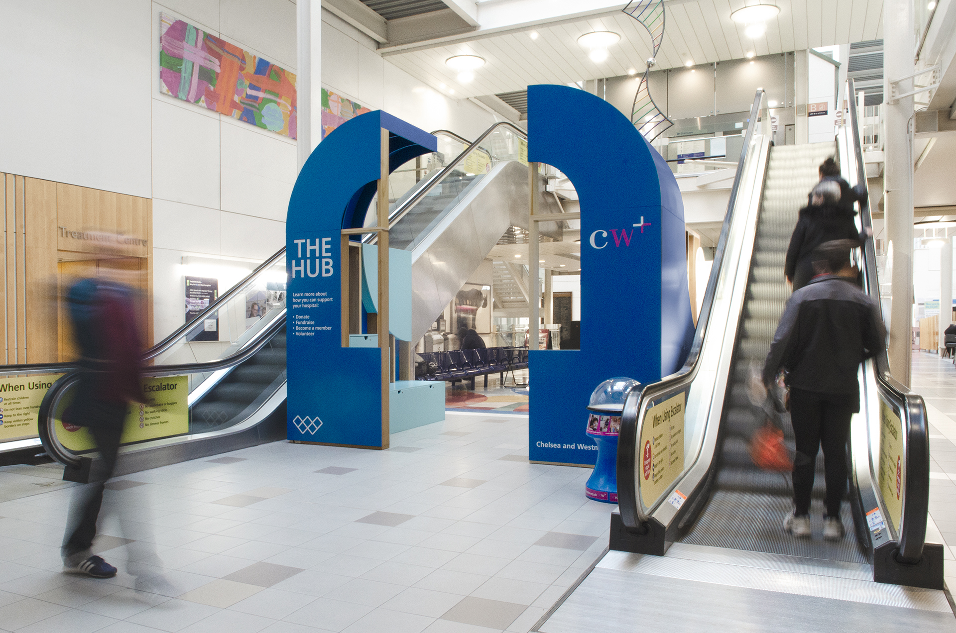 The Community Hub, located in the central atrium, acts as activity venue and permanent signpost for the hospital's charity.