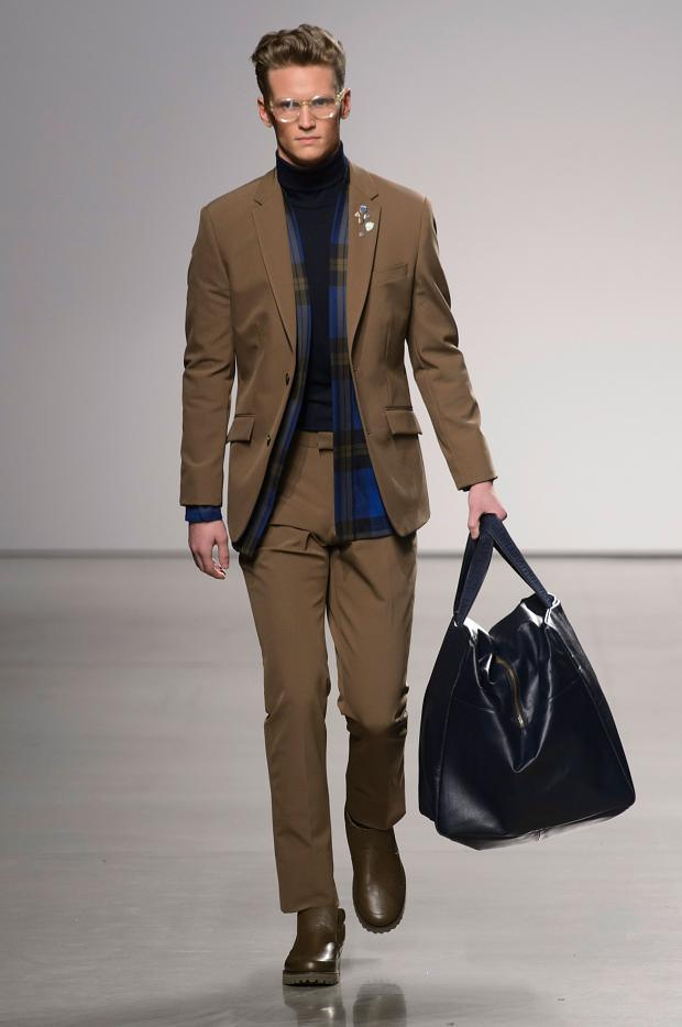 perry-ellis-mens-autumn-fall-winter-2015-nyfw39.jpg