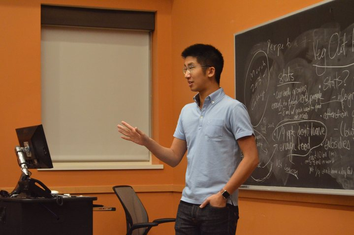 Brian Wong, Founder of Kiip, speaking to students.