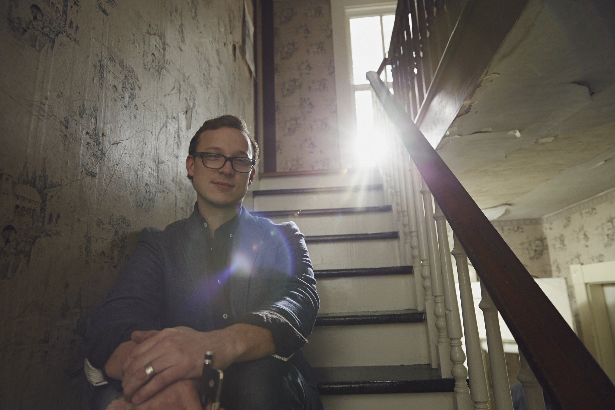 The Kentucky Q&A with Ben Sollee    client: Kentucky Tourism / Garden & Gun Magazine  Documentary Short, Social Media Clips, Portrait Photography       VIEW PROJECT