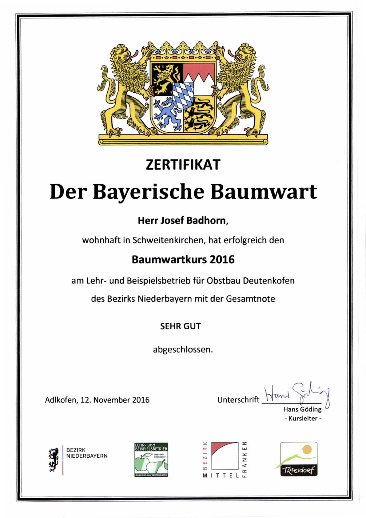Josef hat den Bayrischenbaumwartkurs gemacht und ist nun staatlich geprüfter Baumwart.
