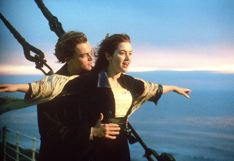 Titanic (1997)Jack falls in love with Rose when he first sees her.    Does love at first sight happen in real life?