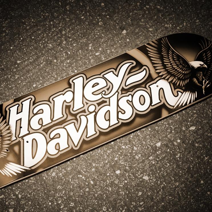 darkstar-skateboards-D2-harley-davidson-Script-FB-2000.jpg