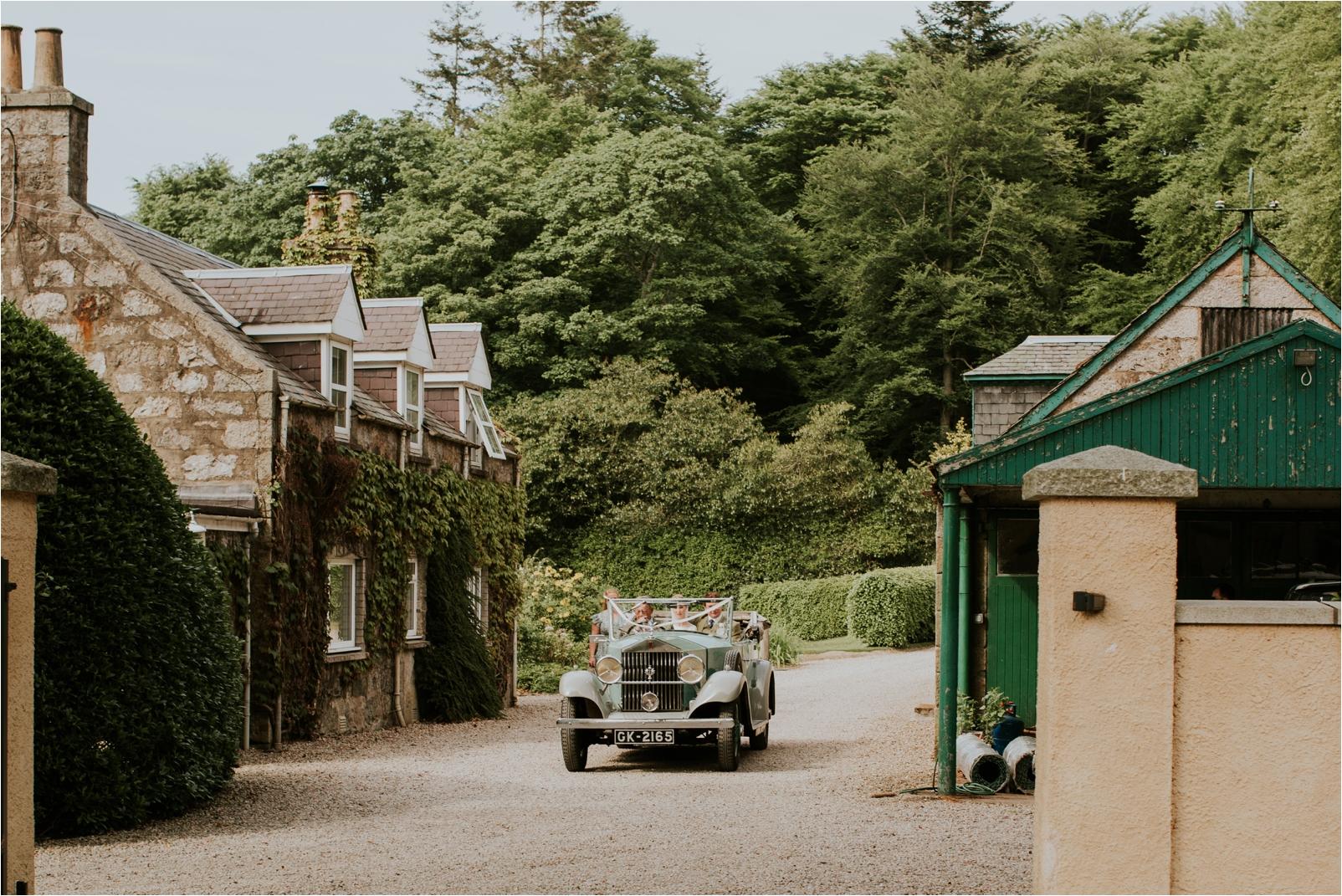 Photography 78 - Scottish Wedding Photographer - Araminta & Jamie_0053.jpg