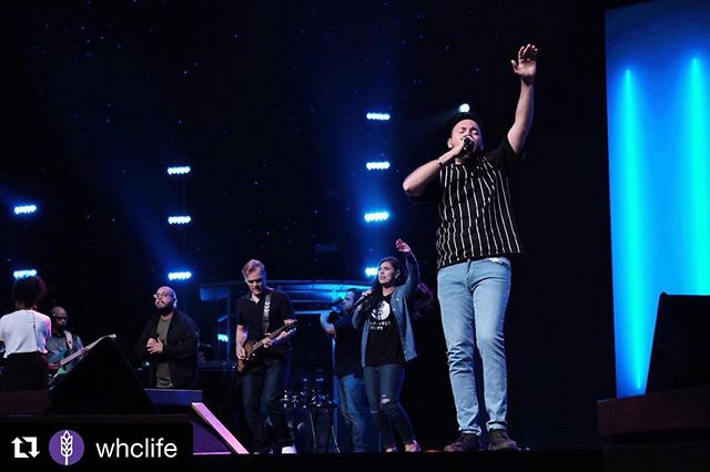 🎶This is how I fight my battles🎶  #Worship#Praise #HarvestMusicLive #SoundOfRevival