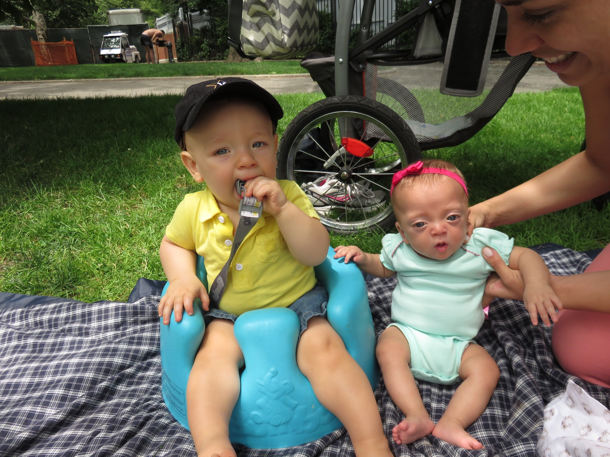 Back in NYC, Drea and Lucie enjoyed a picnic in Carl Shurz Park with Luke & Maggie.