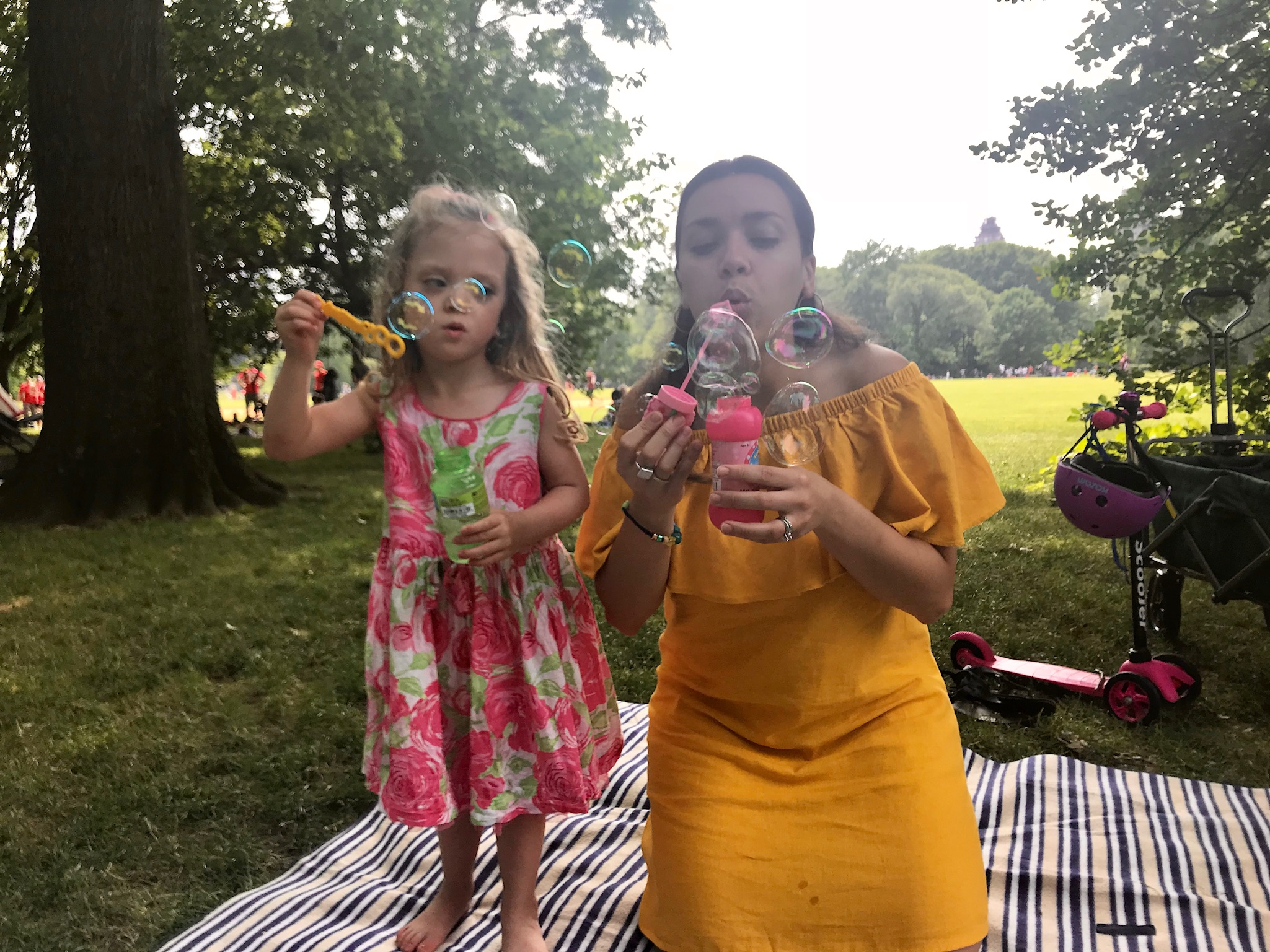 After all of these fun events and plans, we basked in the glory of a Sunday afternoon filled with nothing but bubbles in Central Park.