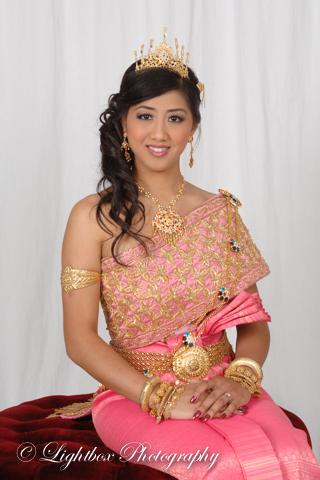 Khmer Bridal Set01 04.jpg