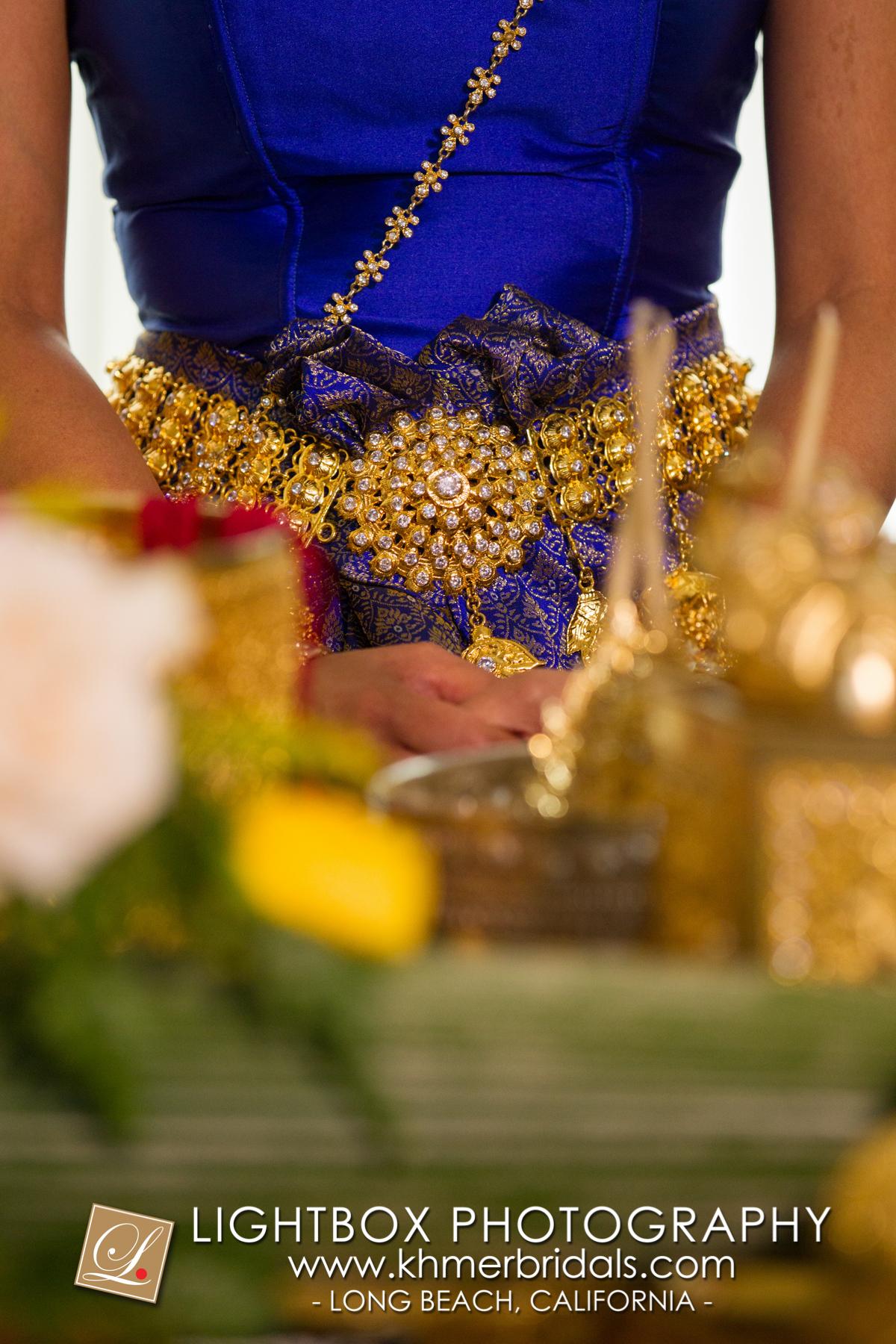 Khmer Bridal Wedding Photography video Apsara Studio Oufit-110.jpg