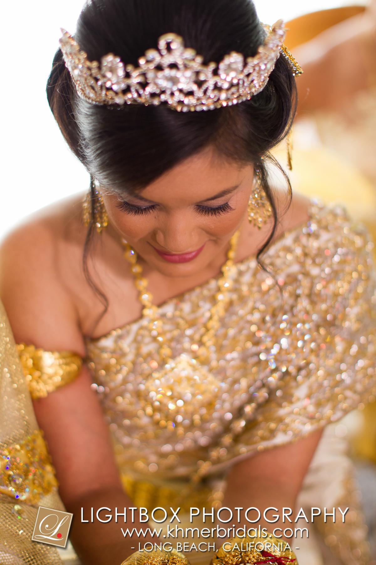 Khmer Bridal Wedding Photography video Apsara Studio Oufit-113.jpg