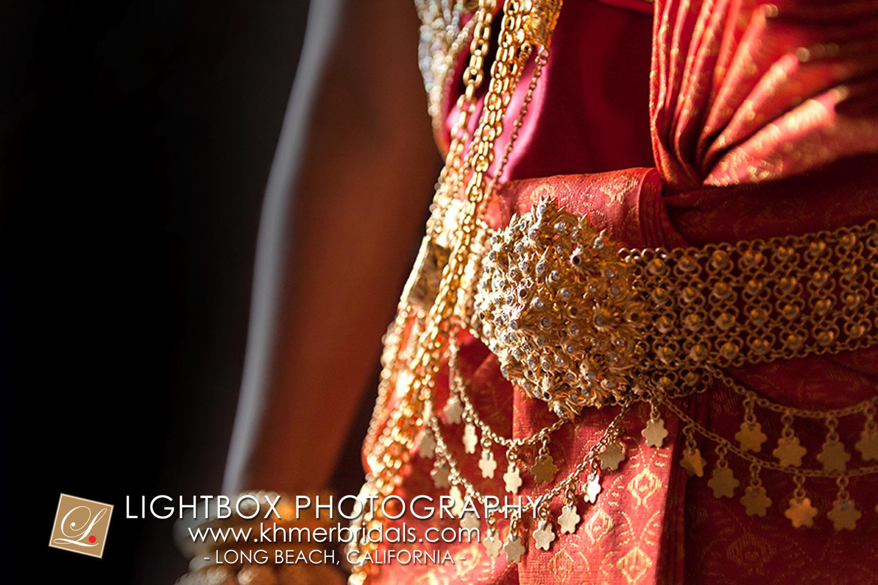 Khmer Bridal Wedding Photography video Apsara Studio Oufit-301.jpg