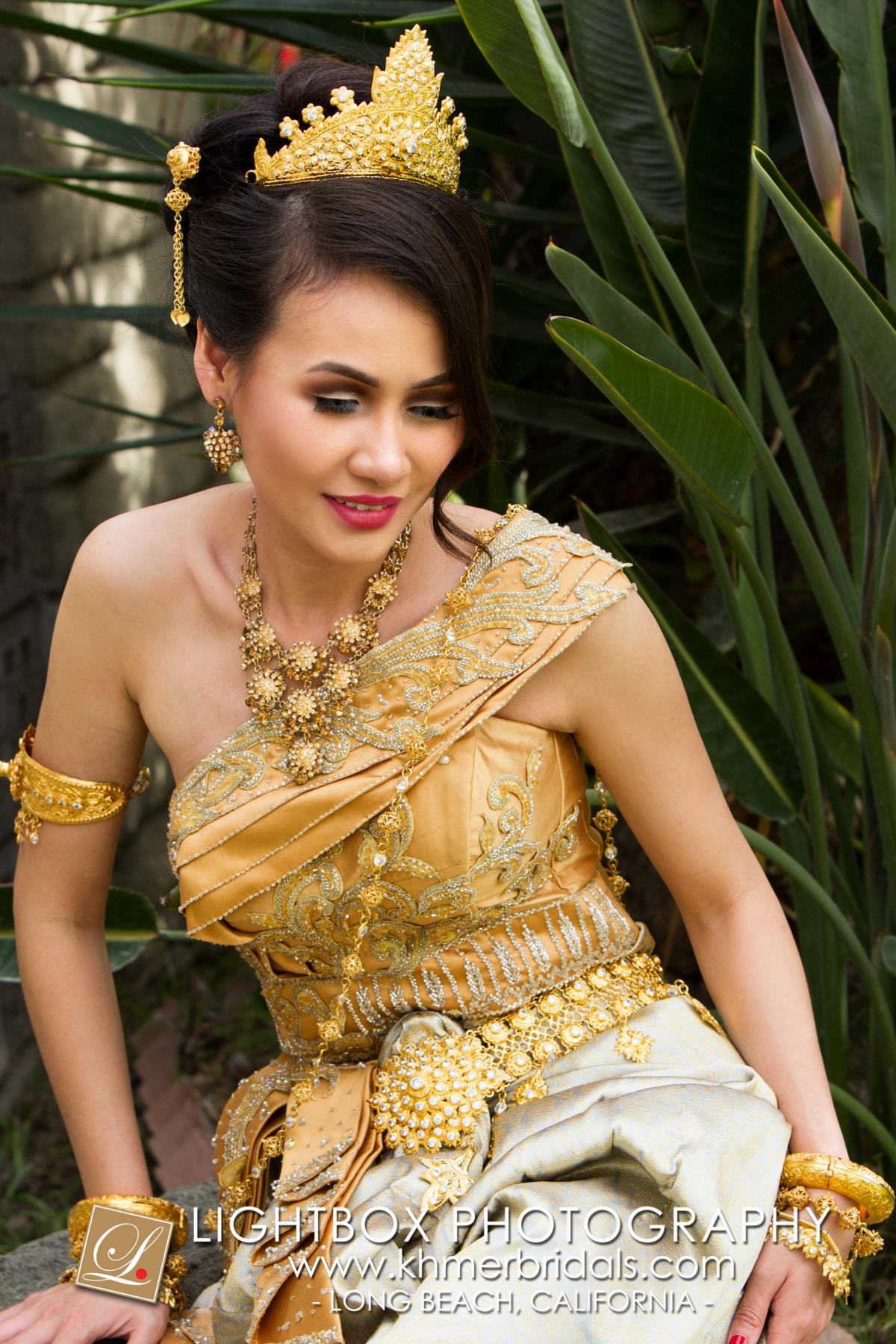Khmer Bridal Wedding Photography video Apsara Studio Oufit-306.jpg