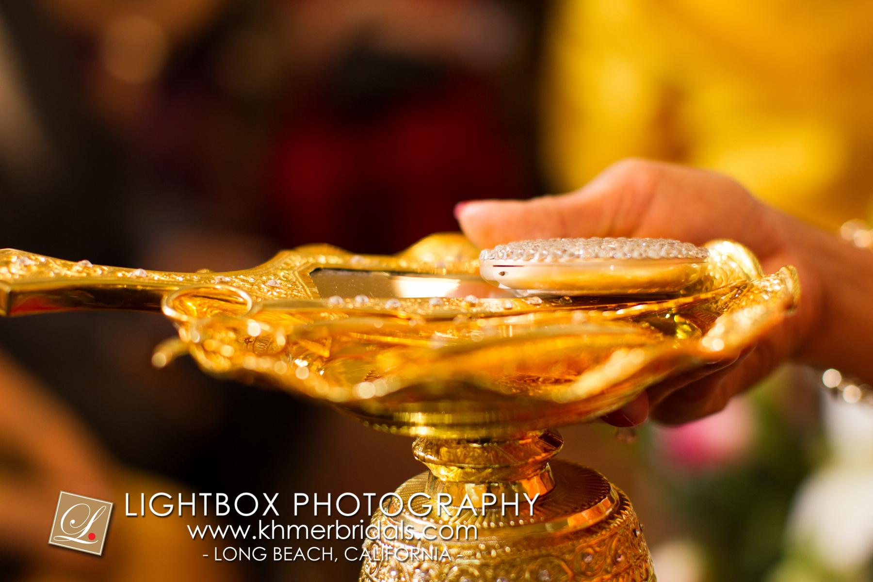 Khmer Bridal Wedding Photography video Apsara Studio Oufit-305.jpg