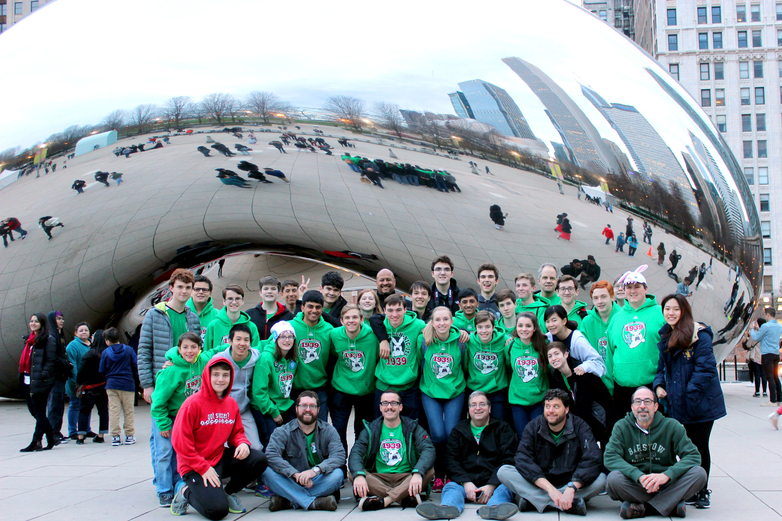 Copy of ChicagoGroupBeanPic.jpg