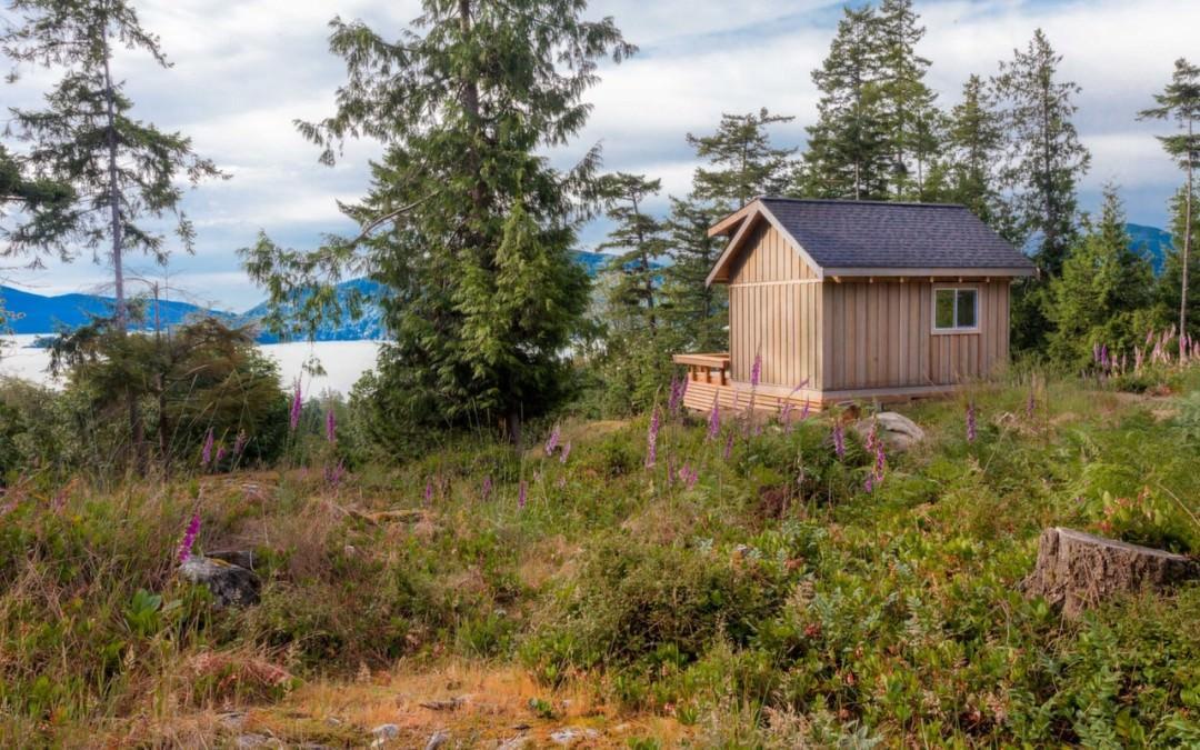 Fircom Plateau Tiny Home Gambier Island