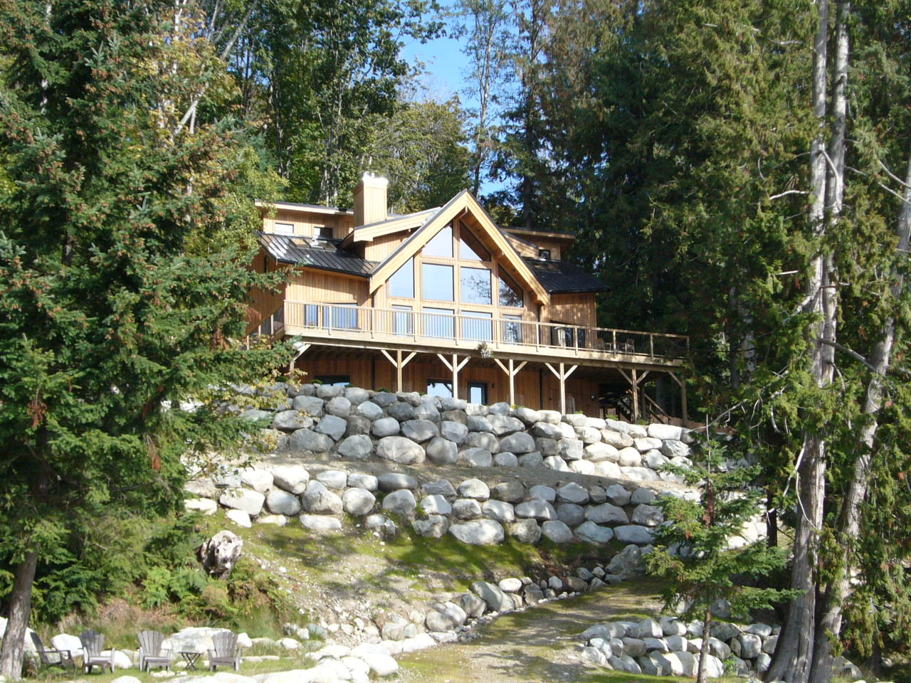 Gambier Island Luxury Summer Cottage