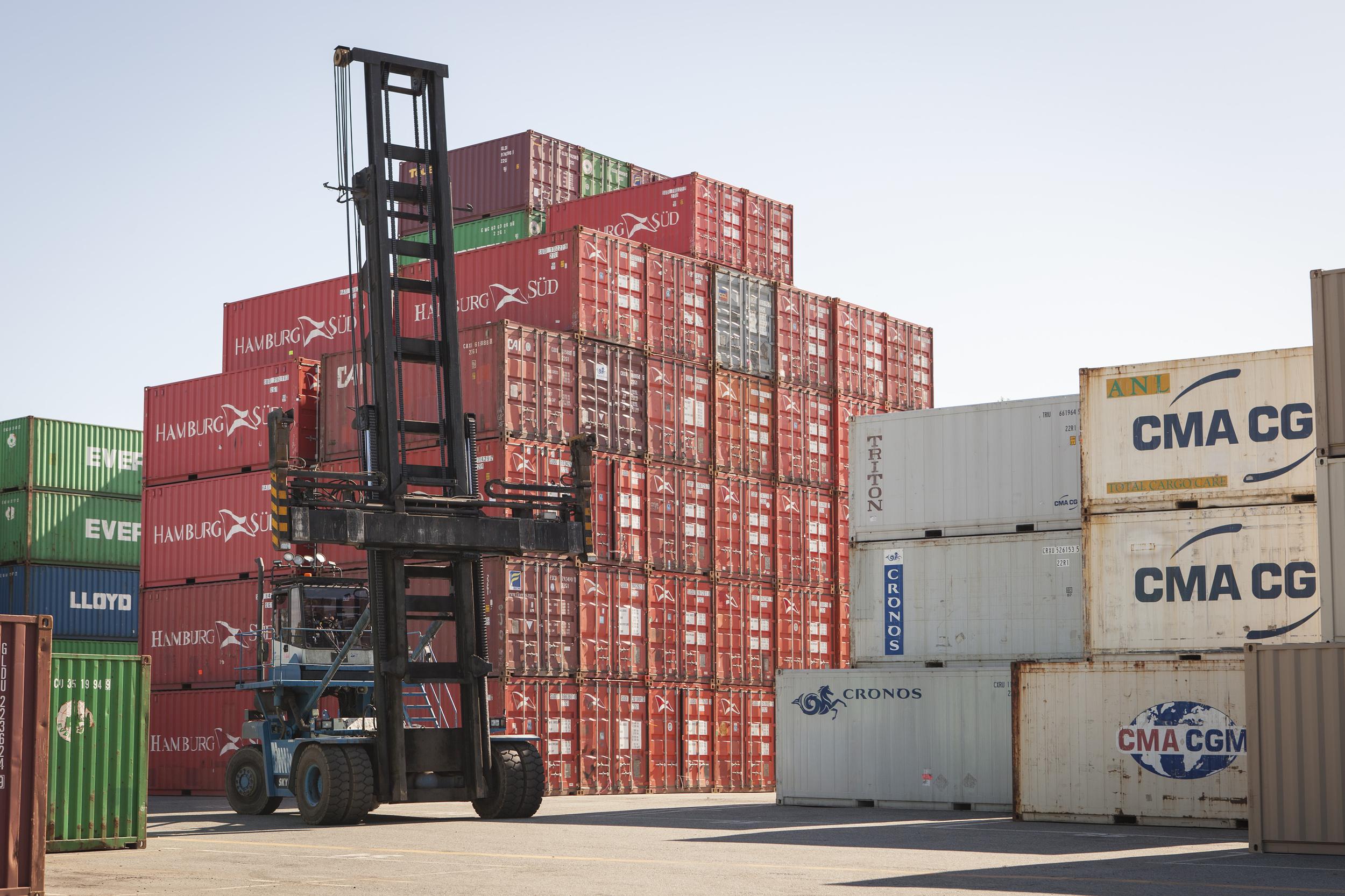 Container Handler Delco