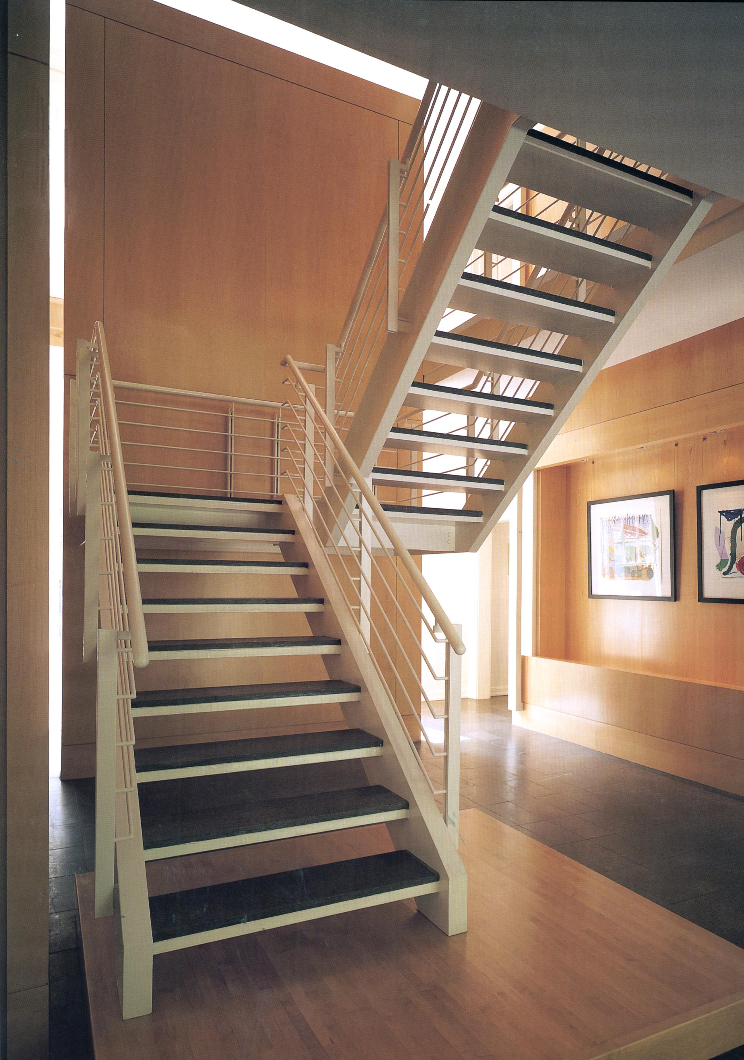 100-stairs2.jpg