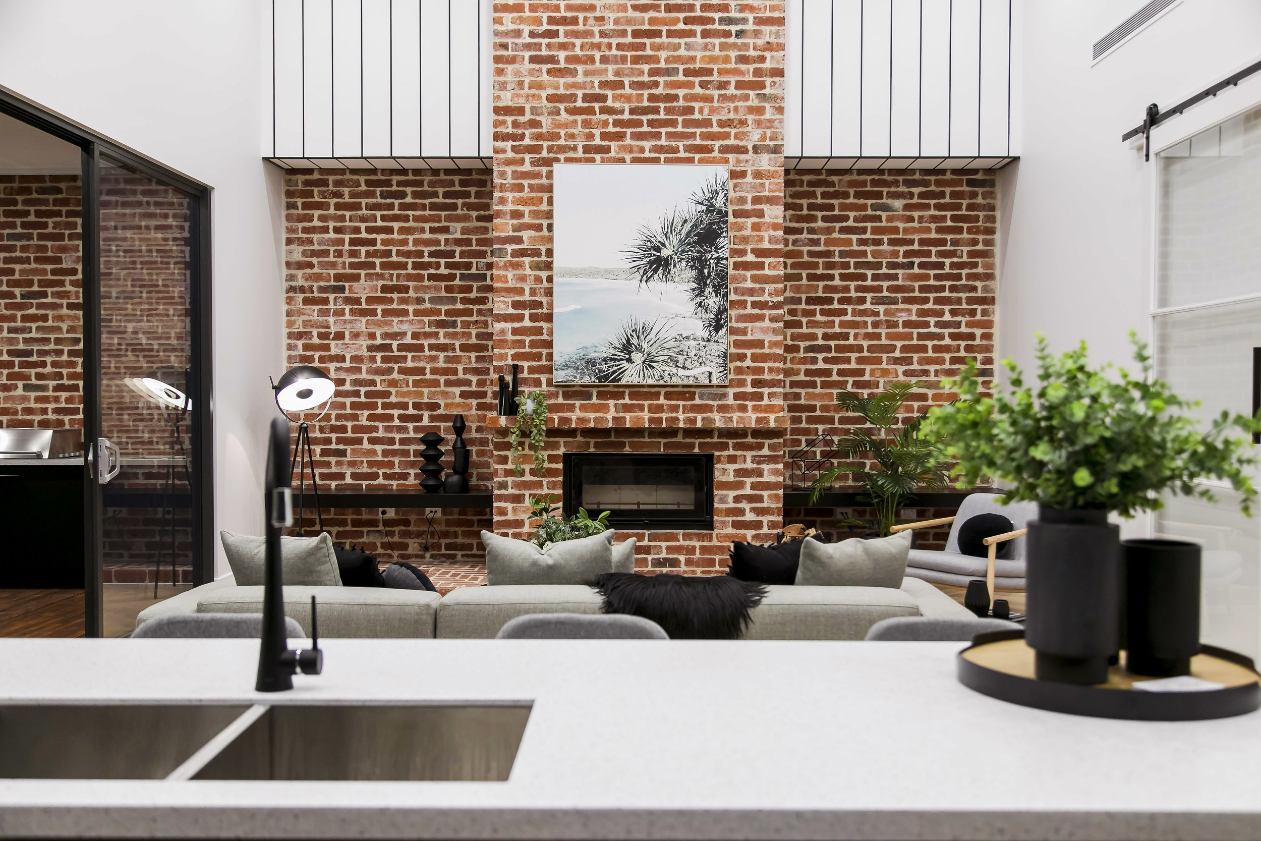 REAL ESTATE STYLING -