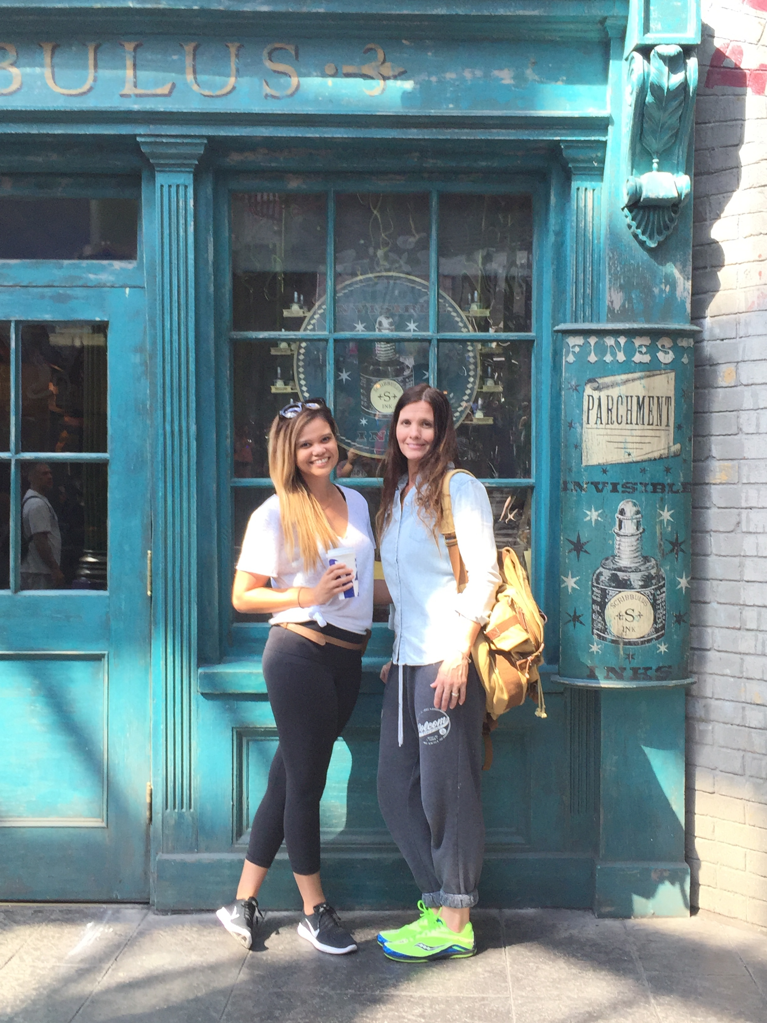My mom and I in front of Scribbulus (a Harry Potter Calligraphy Store! ^_^)