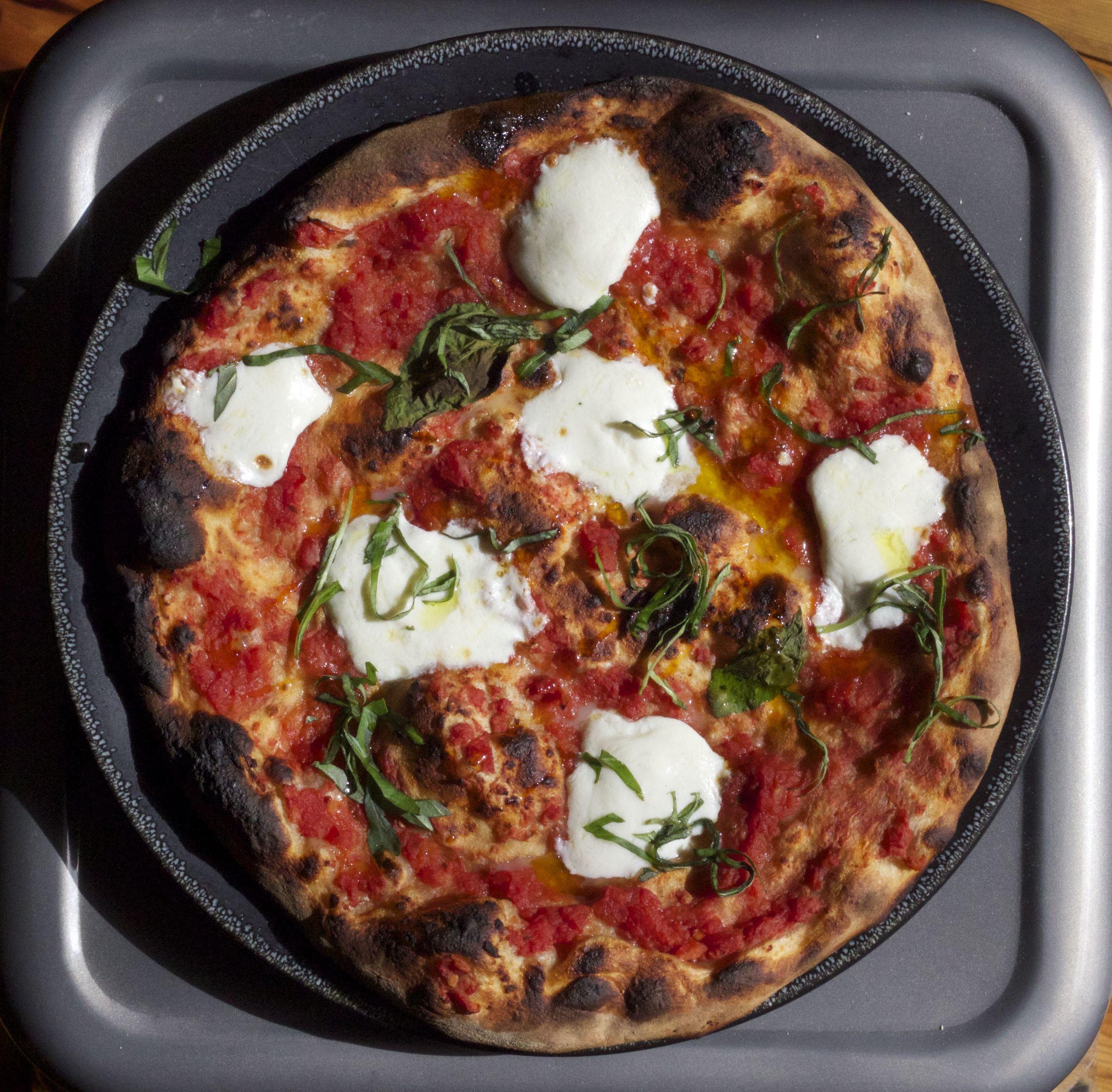 whole wheat pizza Magherita