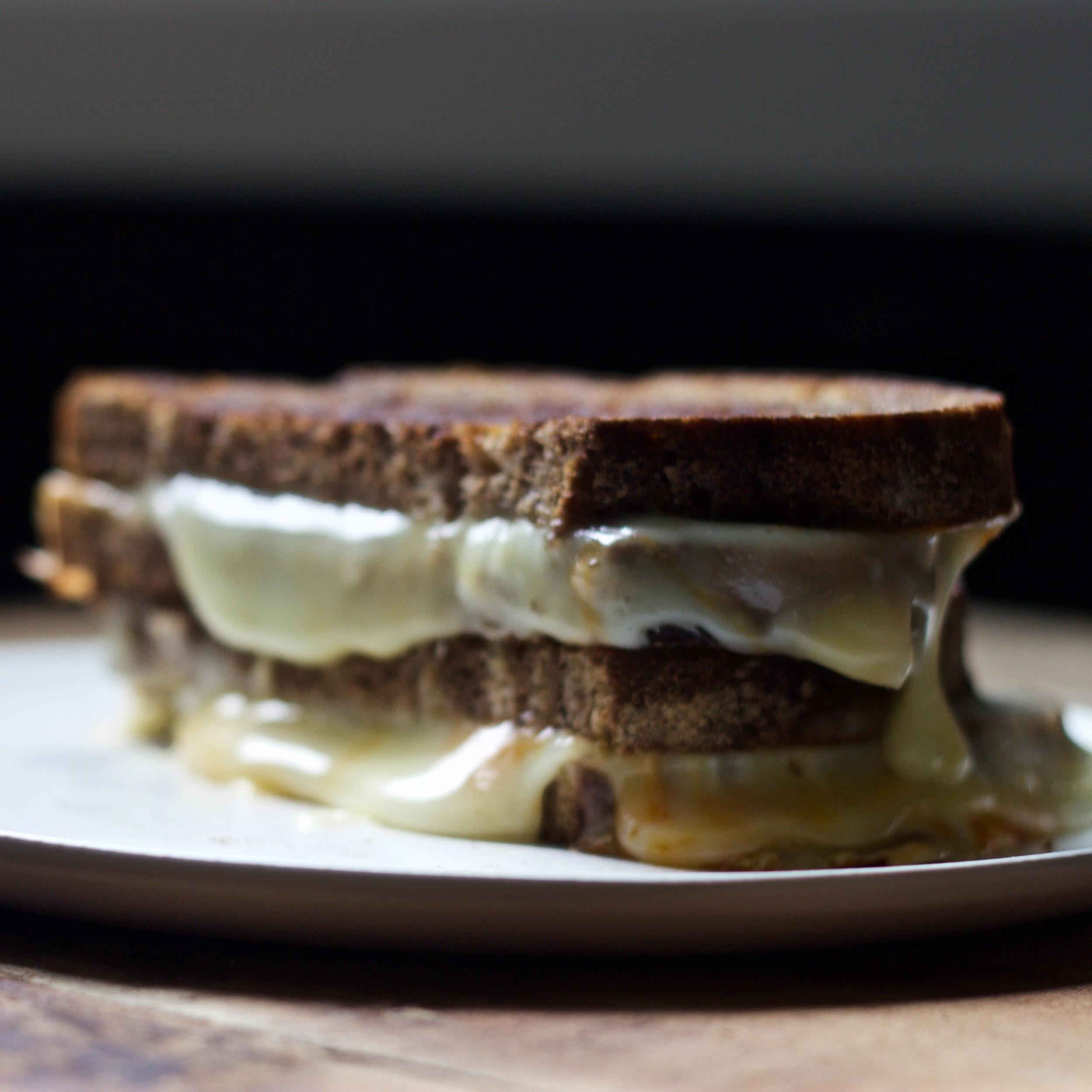 pumpernickel grilled cheese
