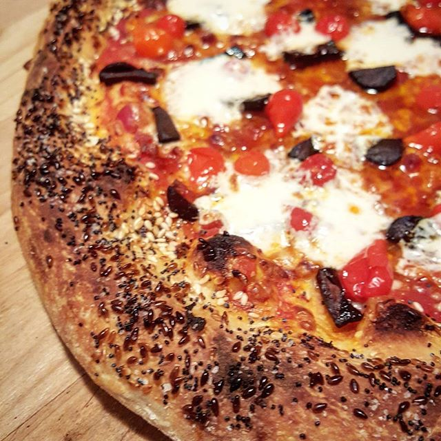 @blumie625  we are loving the everything crust!