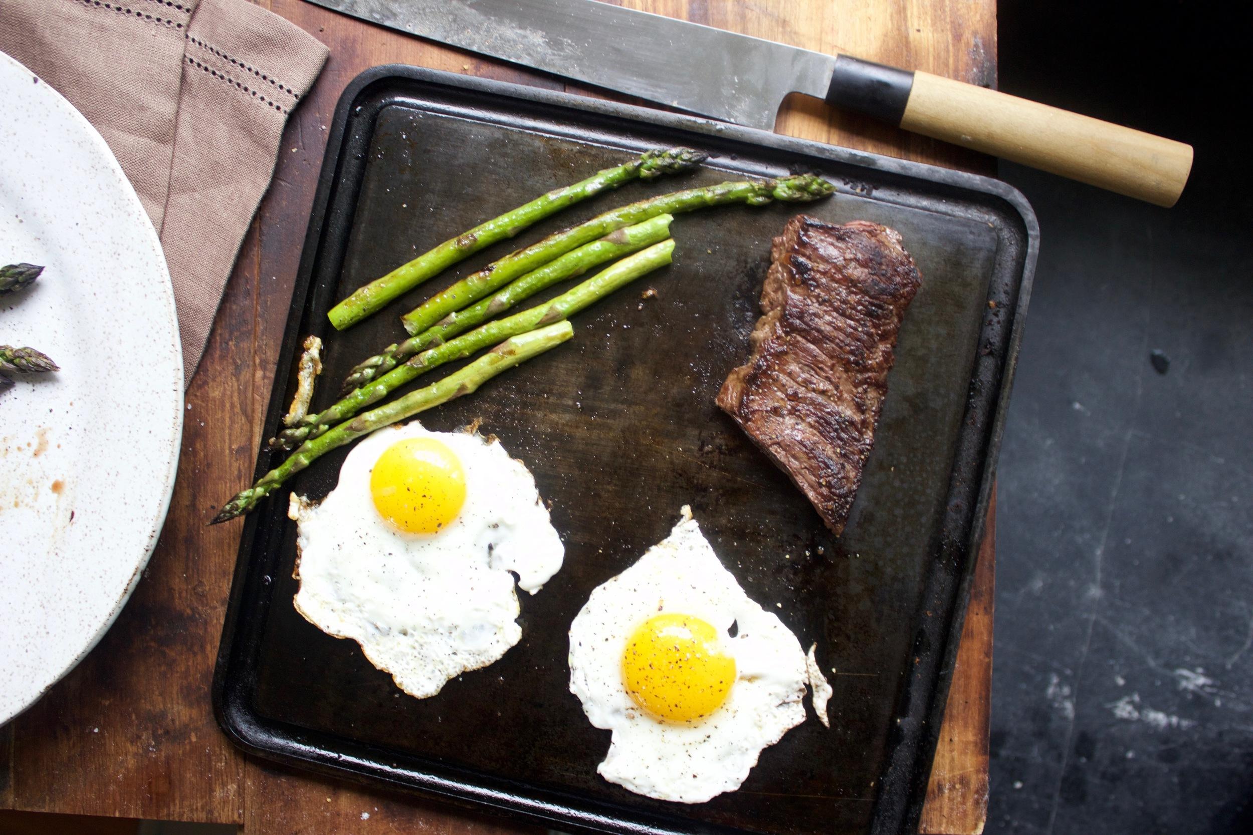 Tasty Steak and Eggs on the Baking Steel Mini