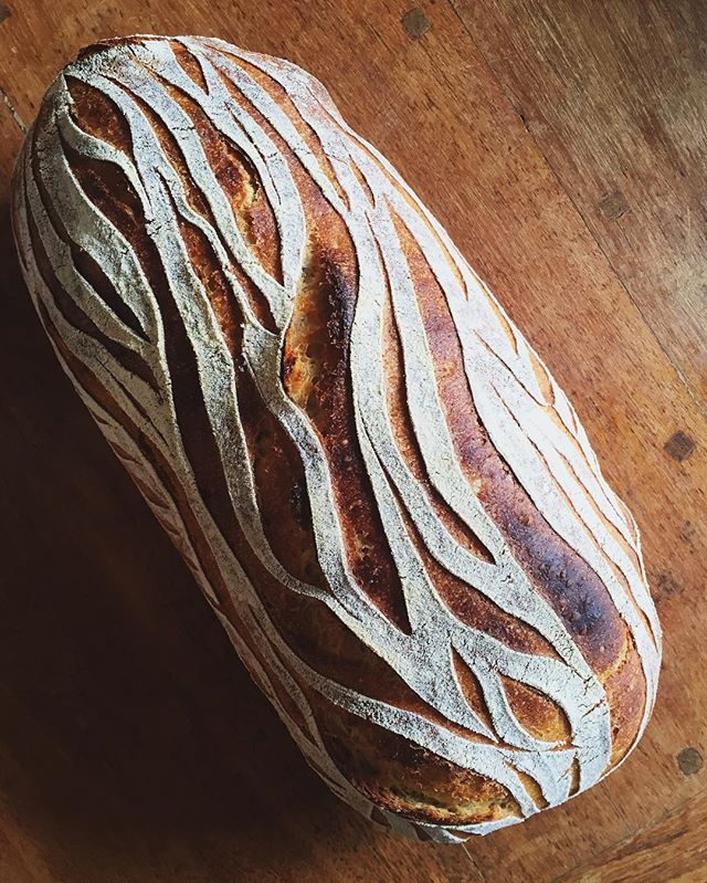 @minskitchen the most beautiful bread I've ever seen!