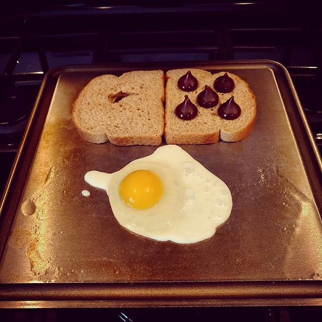 @quanmasiello Breakfast of champions!