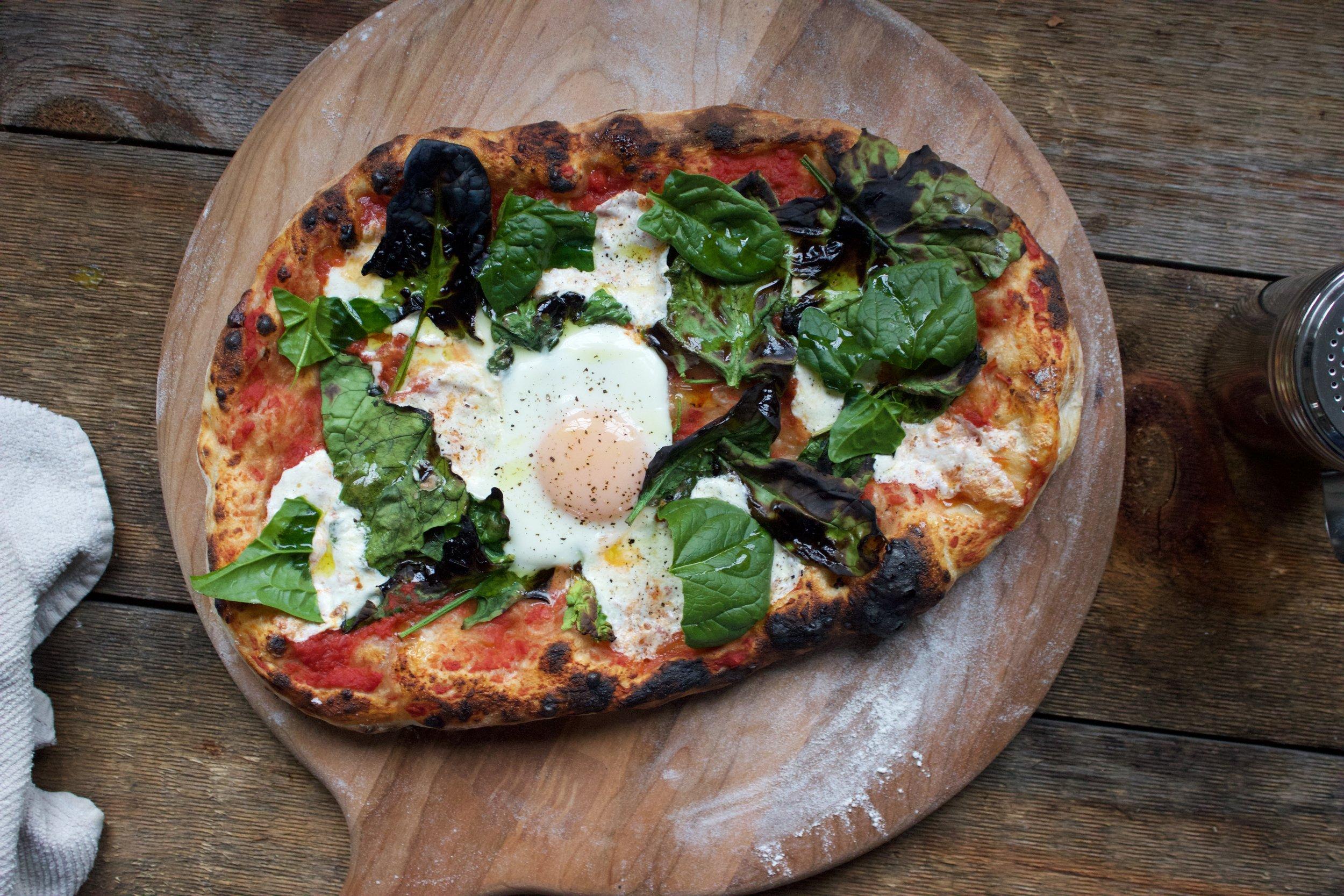 crispy spinach pizza
