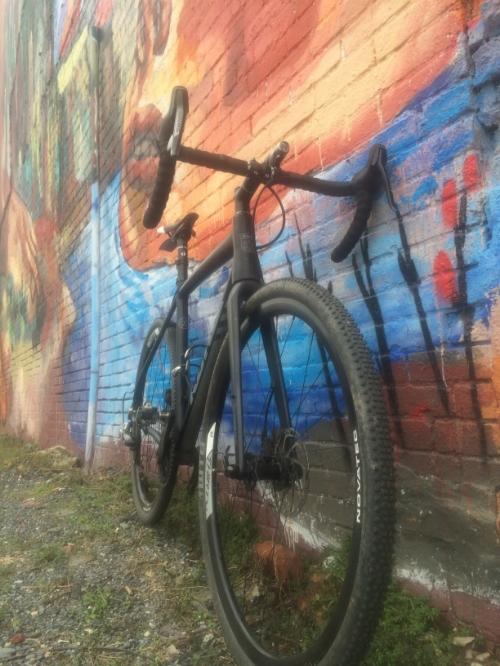 Monochrome bike, Technicolor world