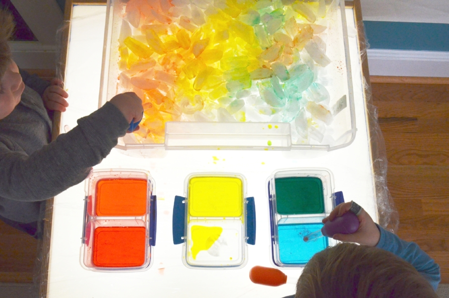 color mix up light table