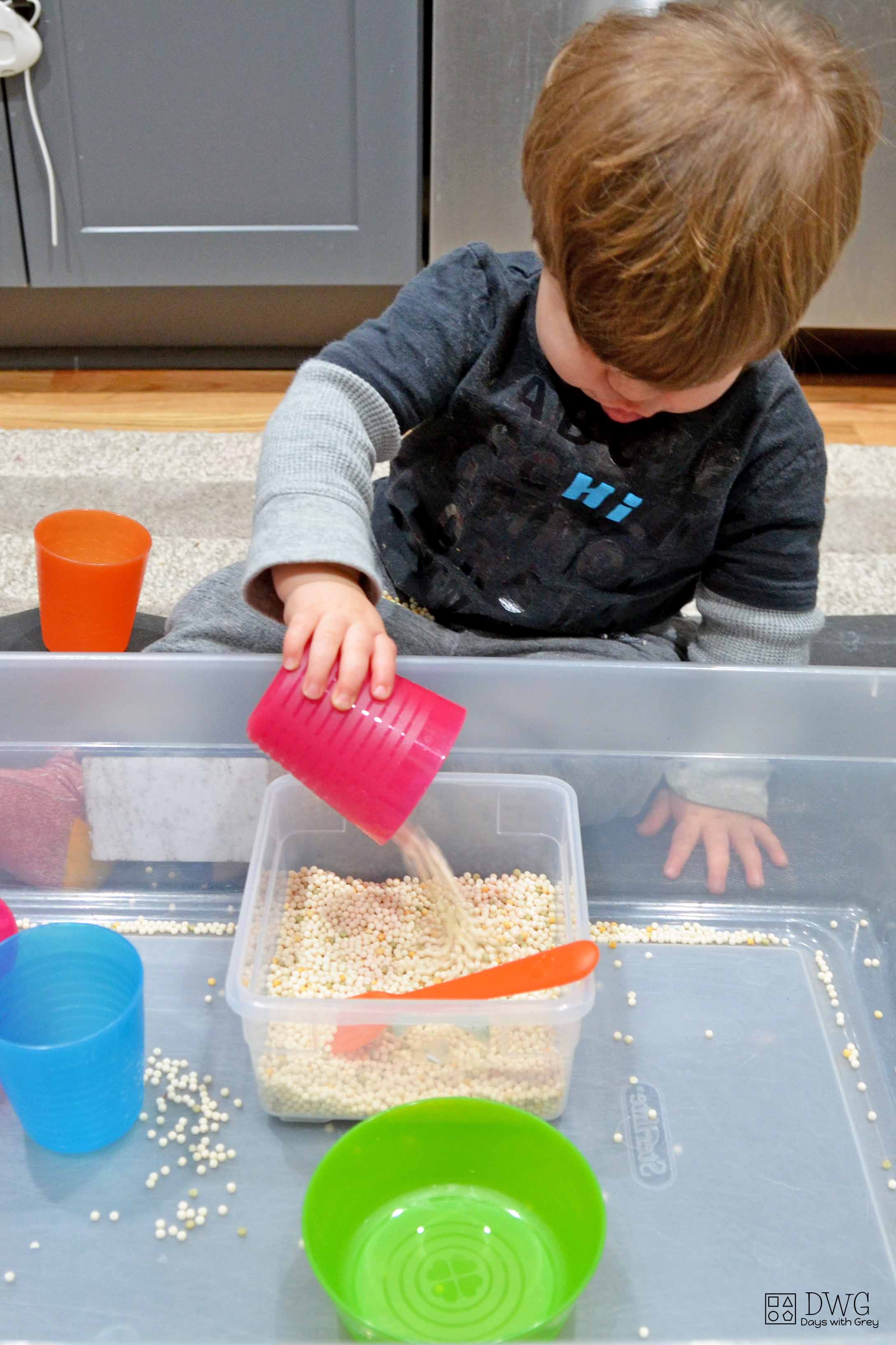how to toddler sensory play