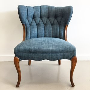 victorian occasional with tufting