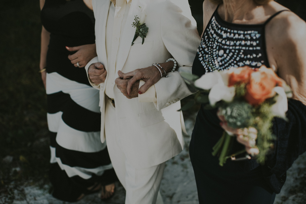 downtown-orlando-wedding-pics-98.jpg