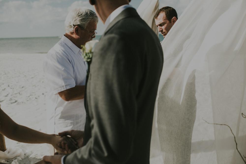 downtown-orlando-wedding-pics-104.jpg