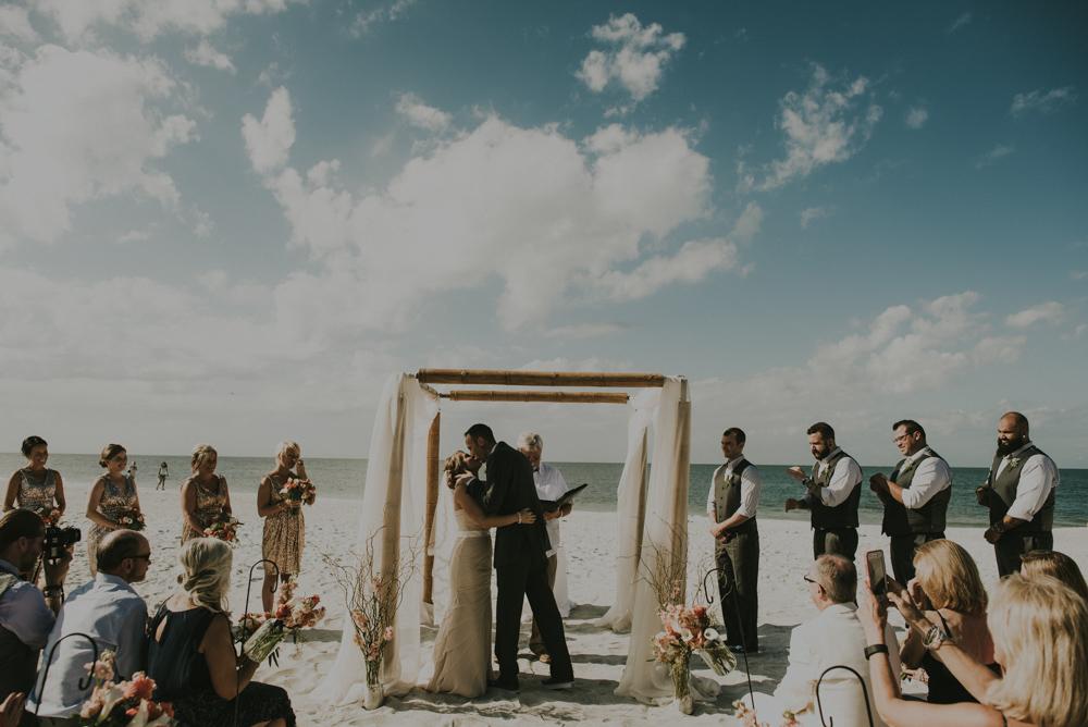 downtown-orlando-wedding-pics-106.jpg