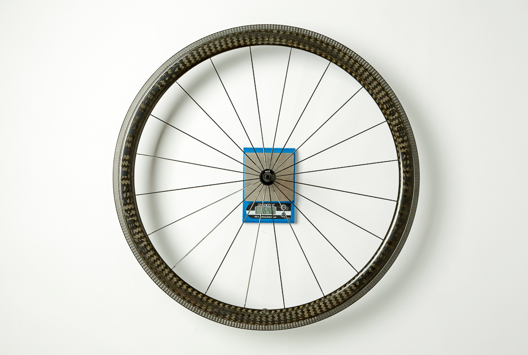 Xentis XBL 4.2  - front wheel - on the scale