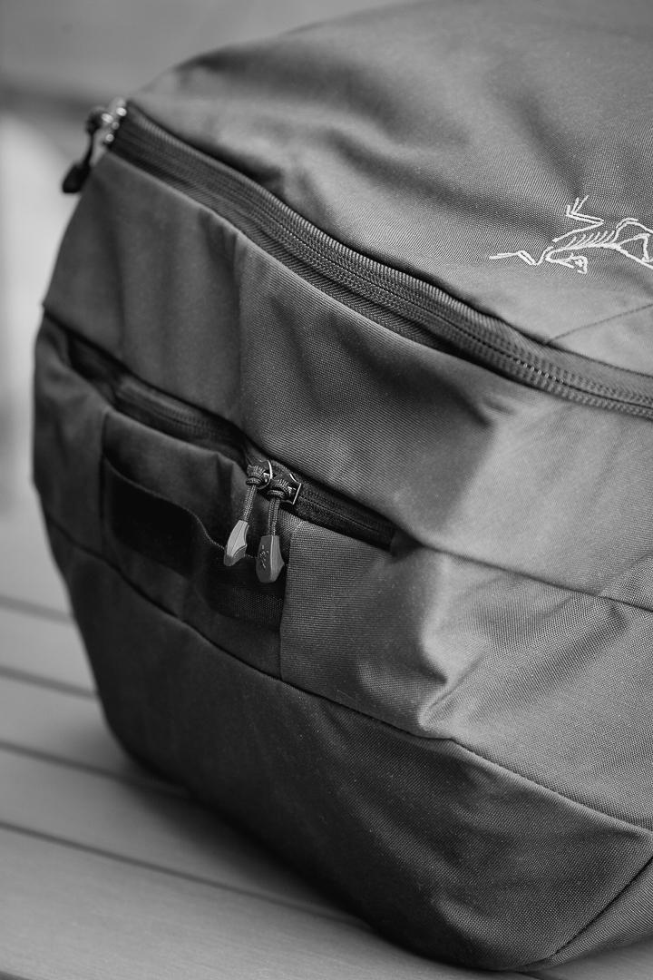 Arc'Teryx-Covert-ICO-strap-pocket
