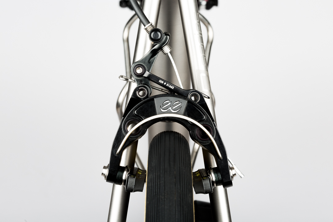 The eeBrakes are a perfectly matched pair with the Mosaic RT-1 with plenty of tire clearance for 28mm tires